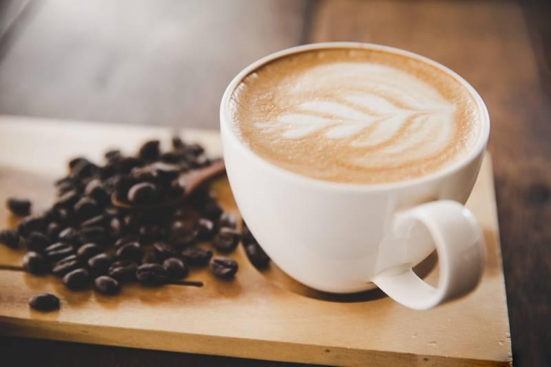Kawa ze spienionym mlekiem