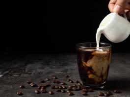 Jakie mleko do kawy z ekspresu?